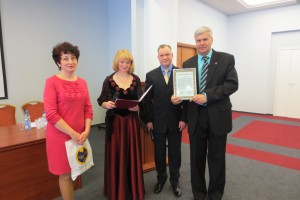 Главный технолог компании  Фирма Вита  Масленникова Н.А. поздравляет Клуб МИРСПА с 10-ти летним юбилеем