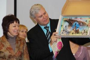 Администратор офиса МИРСПА в Саратове Демченко Нина поздравляет Клуб с Юбилеем