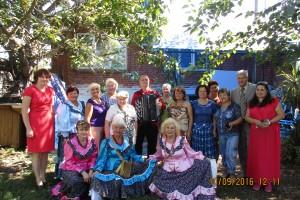 Участники семинара и артисты народного ансамбля